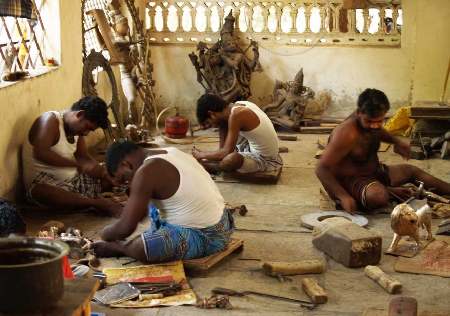 Muthu's bronze workshop