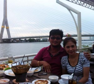 Enjoying dinner of the Khoa Praya river in Bangkok