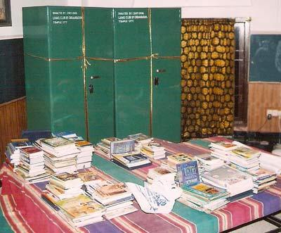 http://www.lotussculpture.com/images/books.jpg