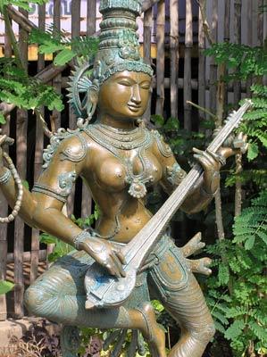 Goddess Saraswati Bronze Statue