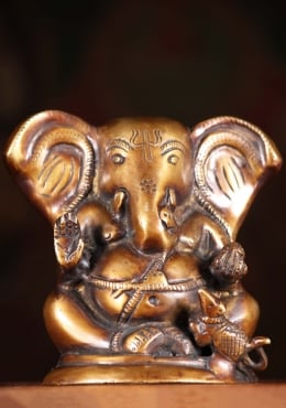 Brass Small Ganesha With Big Ears & Rat 5