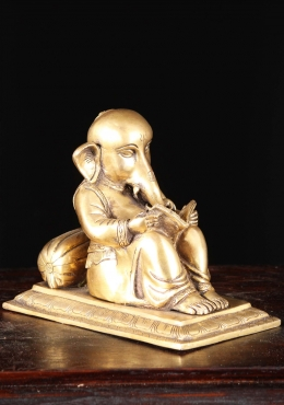 Brass Reading Ganesha Statue 8