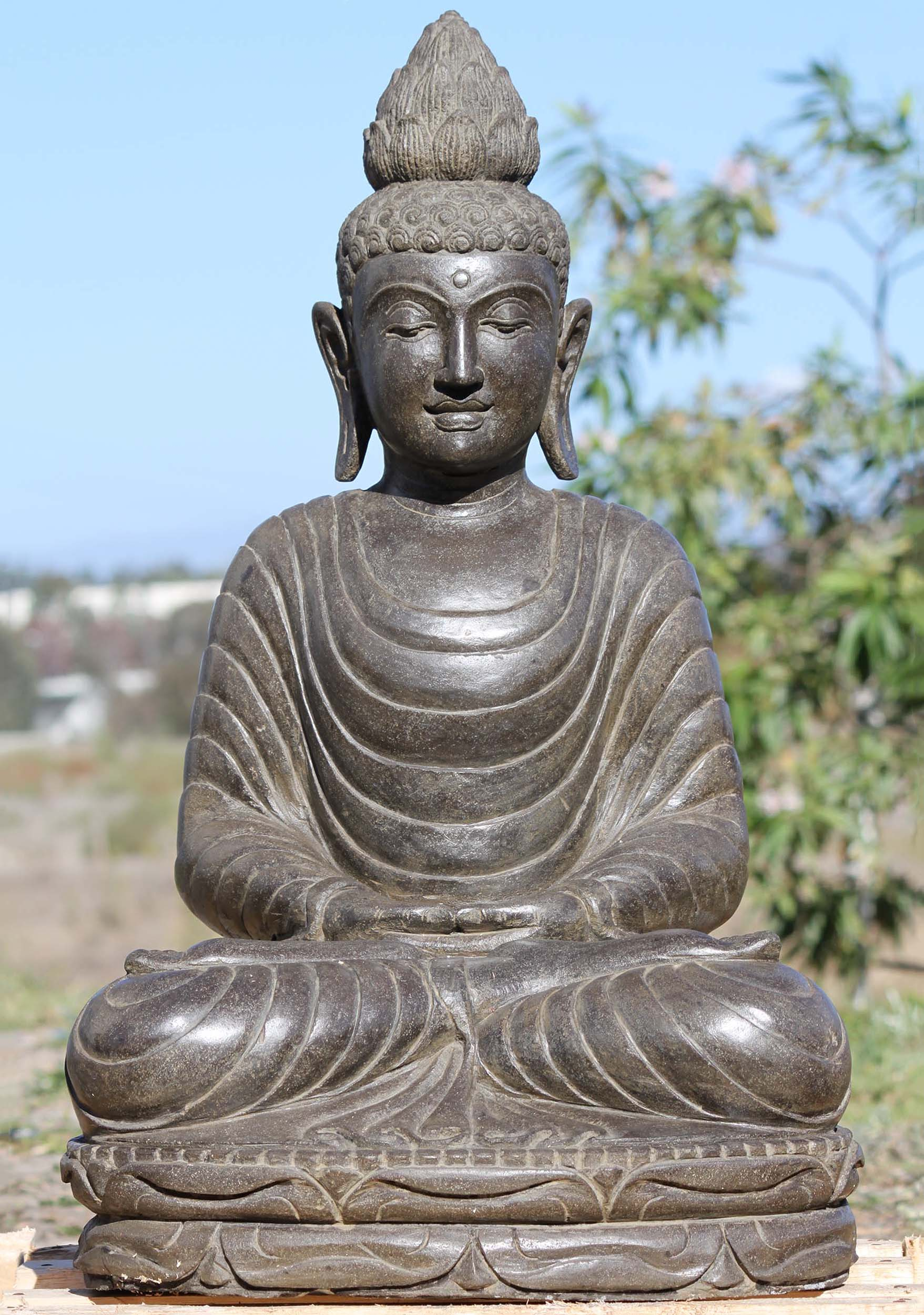 stone meditating buddha garden statue 31 111ls546. Black Bedroom Furniture Sets. Home Design Ideas