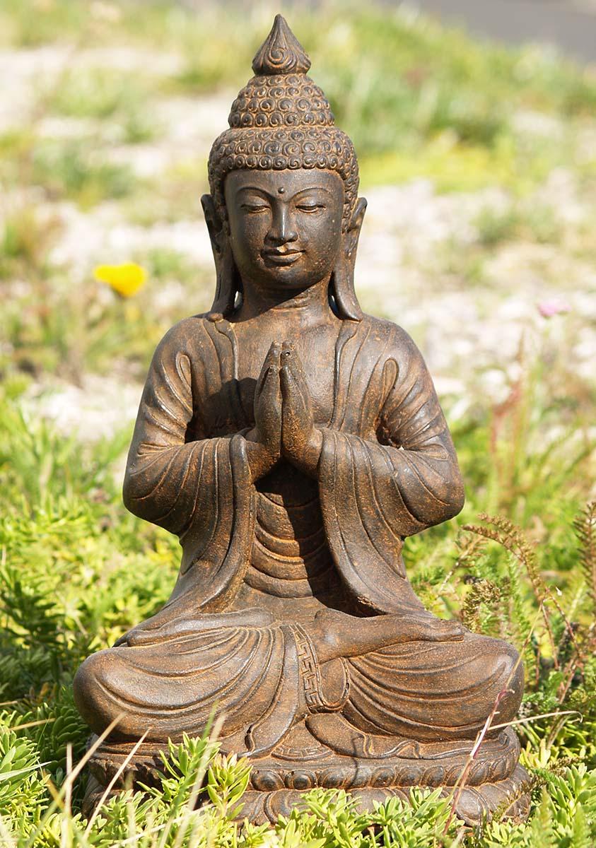 Garden buddha statues in praise of buddha gardens free for Outdoor buddha