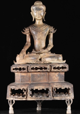 Burmese Style Earth Touching Buddha 38