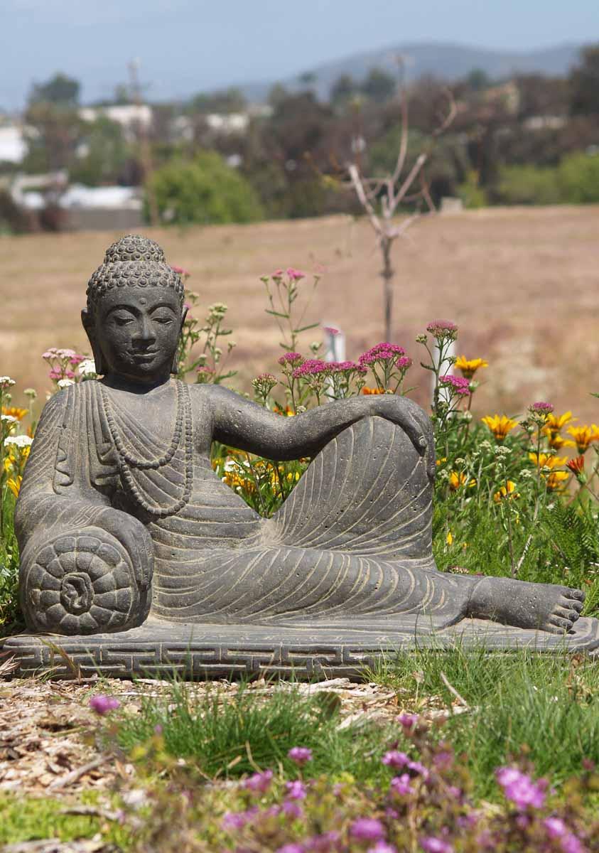 Sold reclining buddha statue 31 67ls50 hindu gods for Outdoor buddha