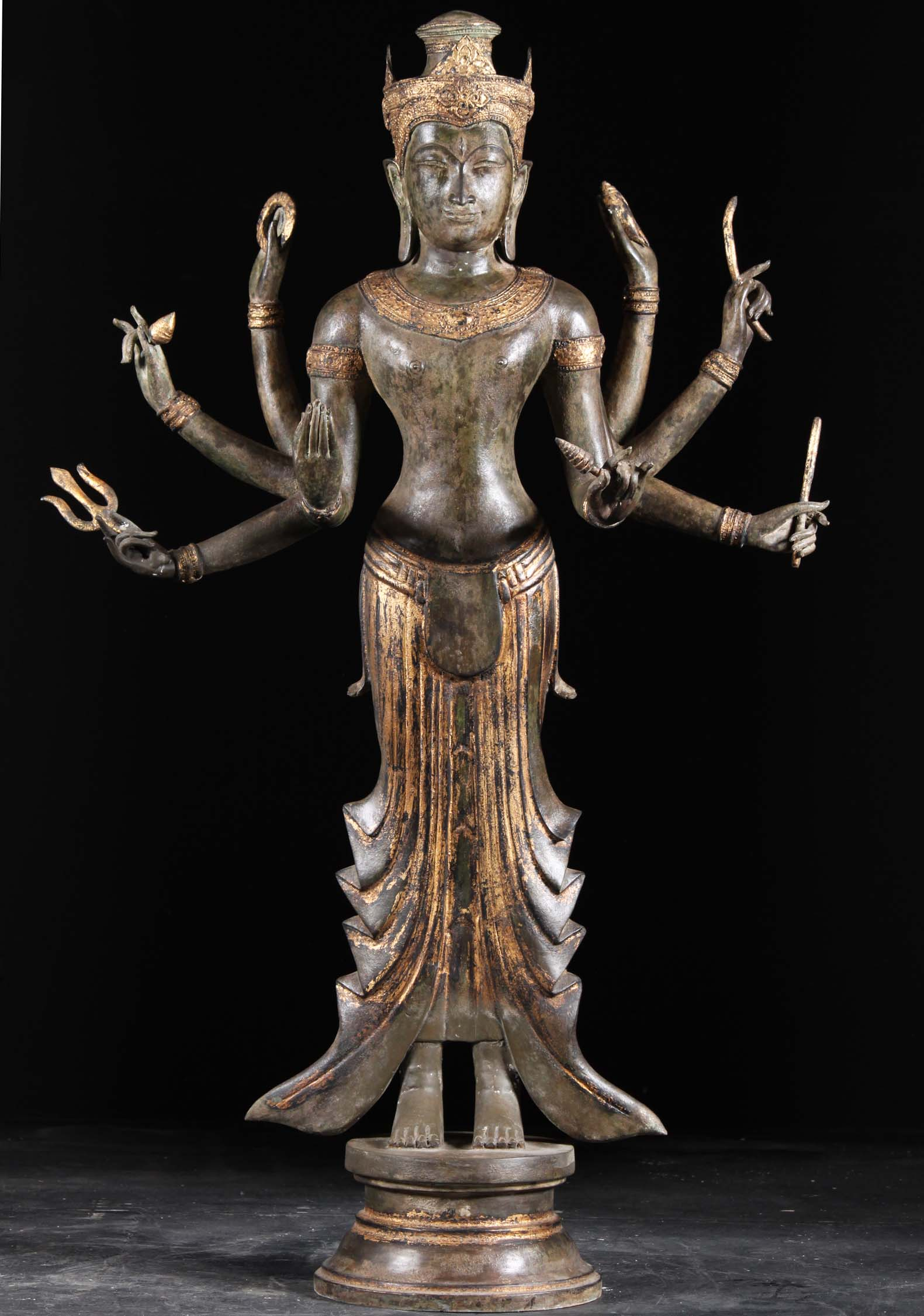 https://www.lotussculpture.com/mm5/graphics/00000001/1a-Vishnu-With-8-Arms-Statue.jpg