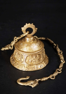 Brass Puja Bell of the Hindu Goddess Durga 6