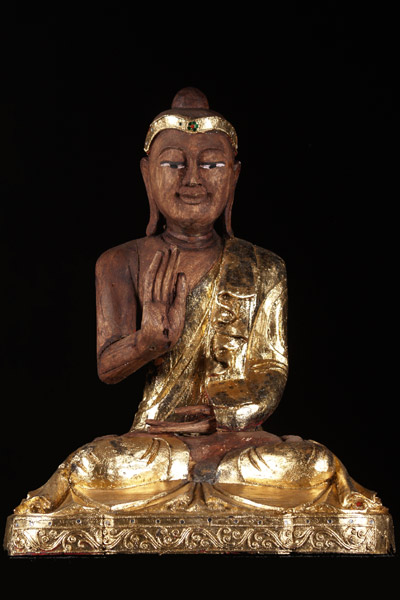 Sold Thai Buddha Statue With Gold Leaf 20 5 Quot 47t103